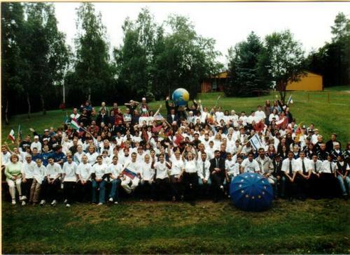 spotkanie z młodzieżą całego świata  w Guntersberge.jpg